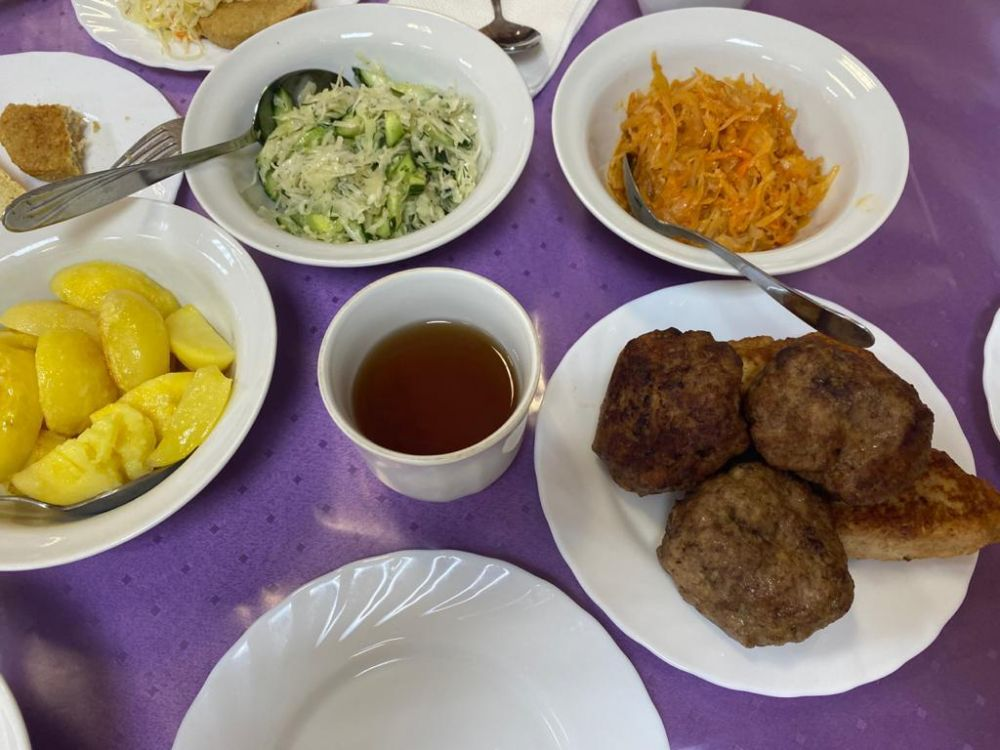 Как кормят детей в ялтинских школах