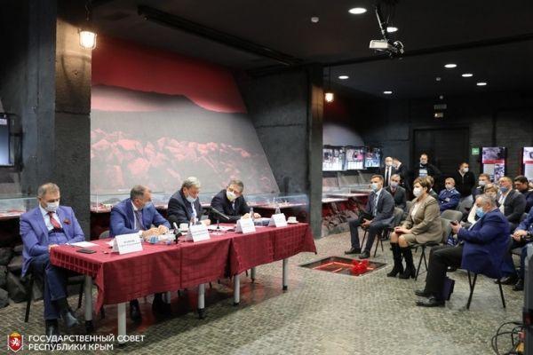 Владимир Константинов выступил с инициативой признать геноцид советских людей, погибших на территории Крыма от рук фашистских оккупантов