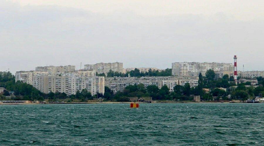 Севастопольские власти планируют использовать миллион тонн воды из Инкерманского карьера