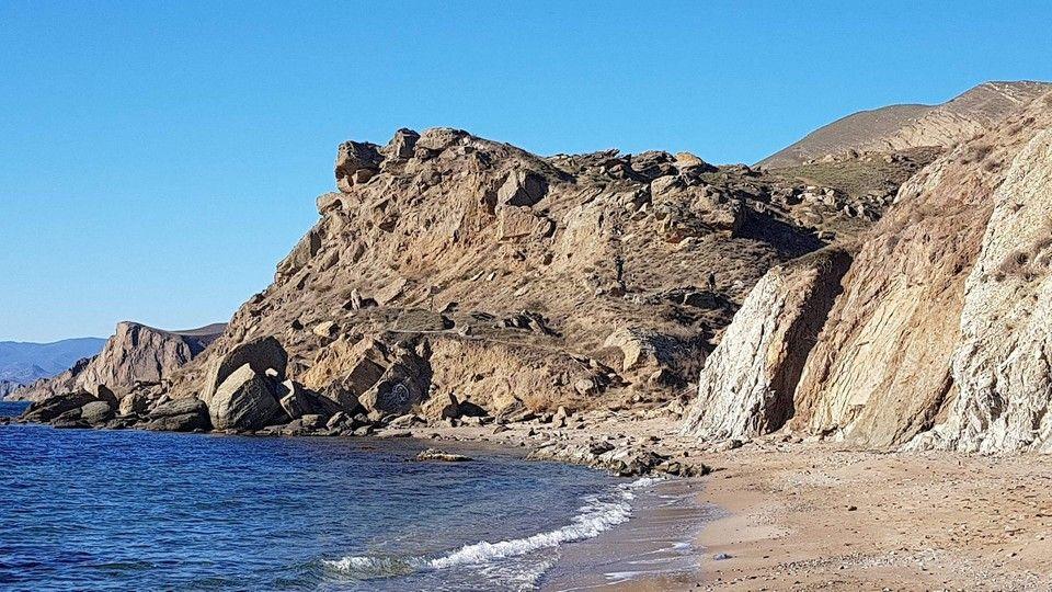 В Крыму на берегу «Тихой бухты» возведут гостиницу