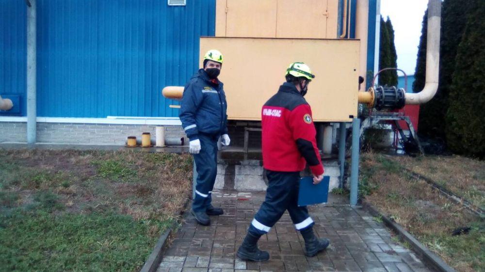 """Сотрудники ГКУ РК """"КРЫМ-СПАС"""" продолжают проводить тренировочные занятия на объектах повышенной опасности"""
