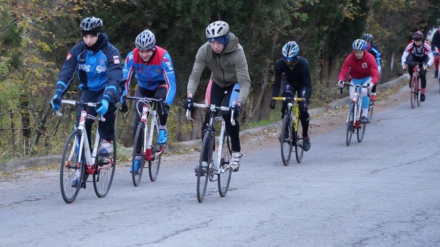 Ведущие российские велокроссмены провели сбор в Алуште