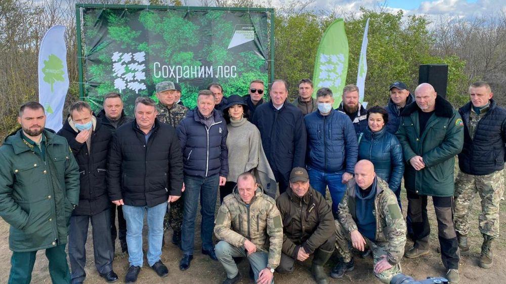 На территории Евпаторийского лесничества состоялась Всероссийская лесовосстановительная акция «Сохраним лес»