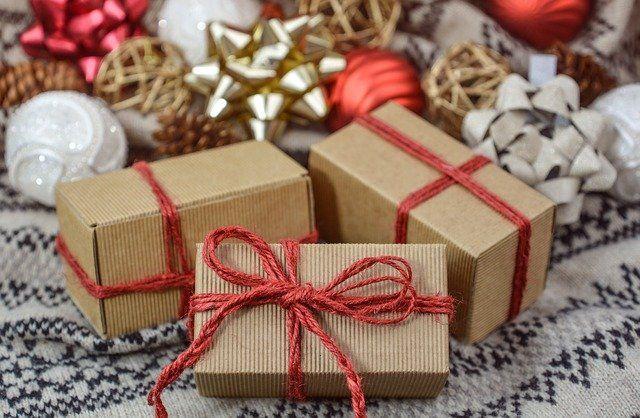 В Симферополе задержали парня, укравшего детские новогодние подарки