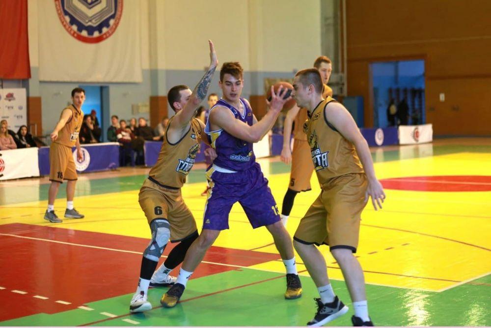 Крымские баскетболисты прервали победную серию
