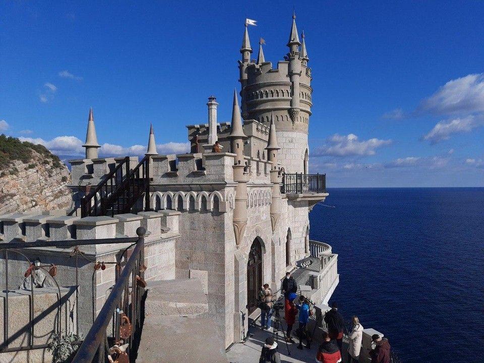 Дача, ресторан и музей: Какая судьба ждет замок «Ласточкино гнездо»