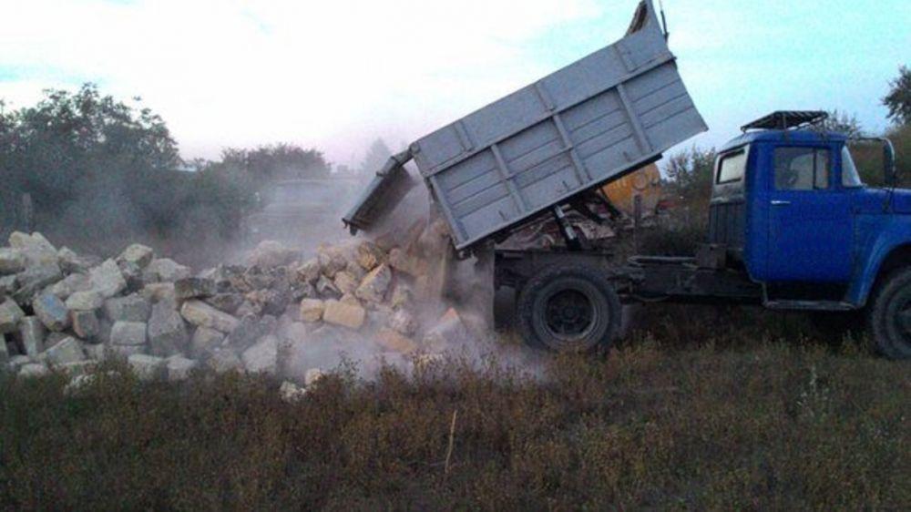 Госинспекторами Минприроды Крыма выявлен факт несанкционированного размещения строительных отходов в Джанкойском районе