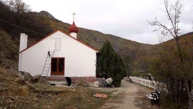 Дорога к храму: жизнь Кизилташского монастыря. Сюжет РИА Новости Крым