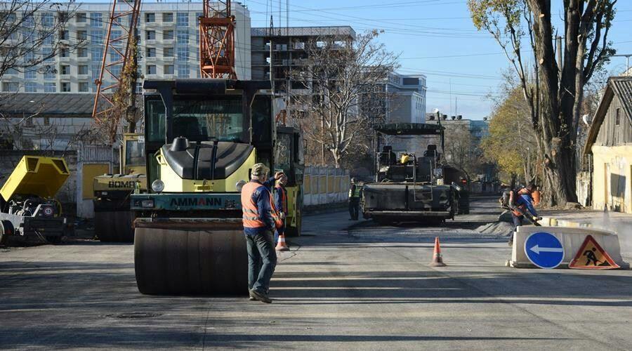 Более половины объема капремонта дорог выполнено в Симферополе