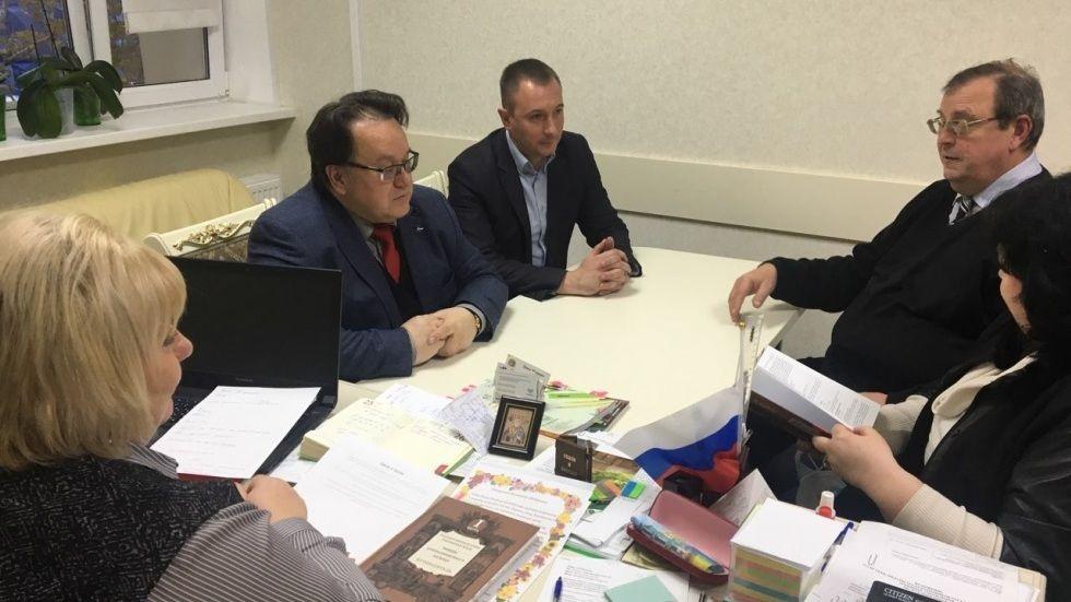 Государственный архив Республики Крым посетил председатель Общественного совета при Госкомархиве