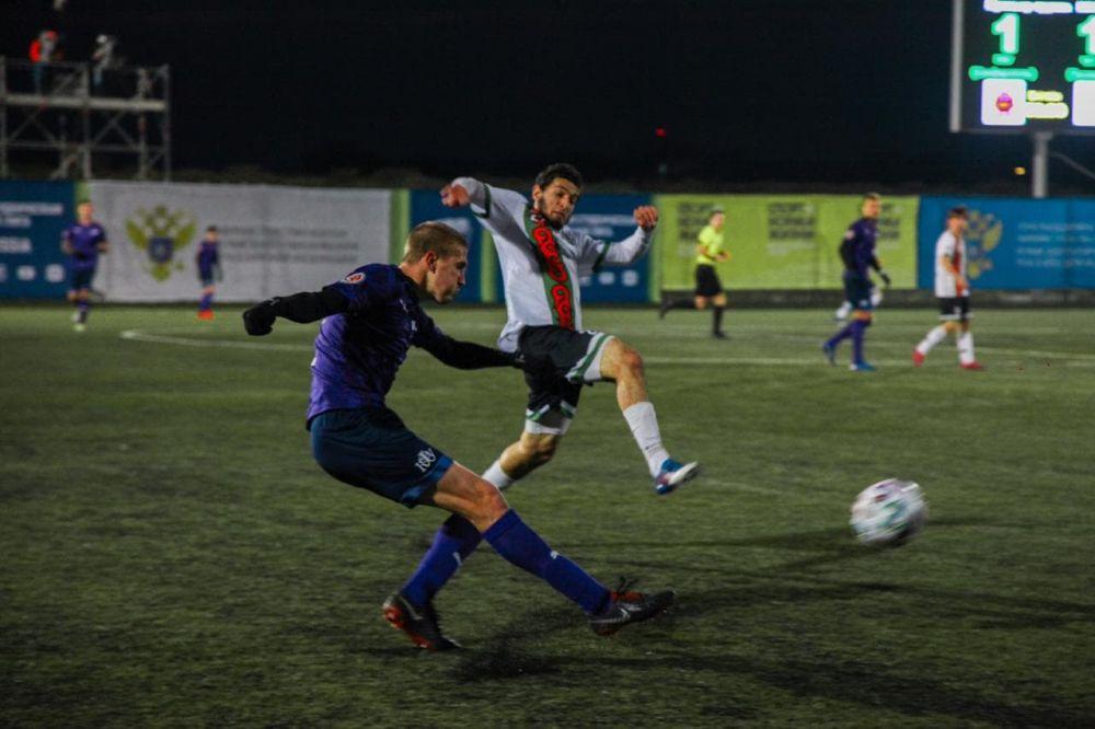 Крымские футболисты сыграют «золотой» матч в чемпионате России