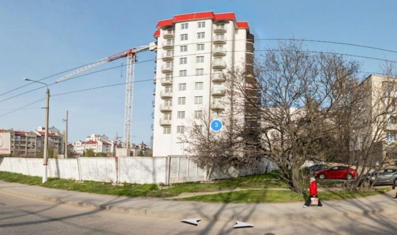 Власти Севастополя продолжают разбираться с проблемными домами