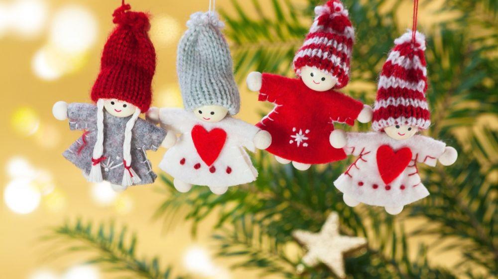 Стартовала Республиканская эстафета мастер-классов по изготовлению украшений для новогодней елки