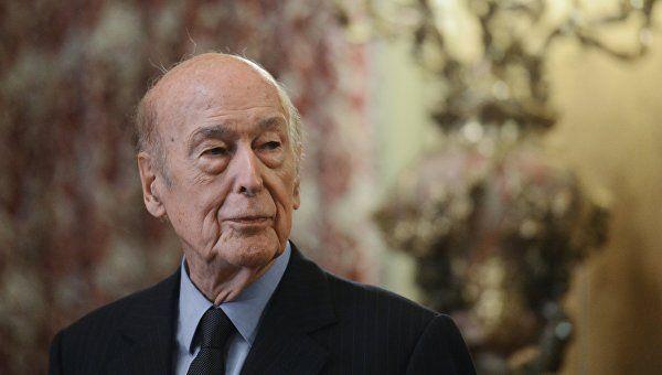 Поддержавший Крым экс-президент Франции умер отCOVID-19