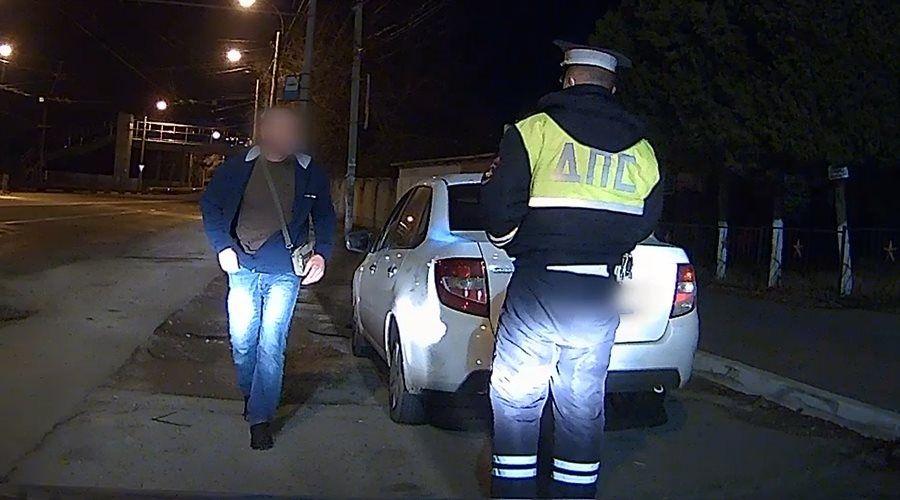 МВД показало видео передающего «приветы» пьяного водителя в Крыму