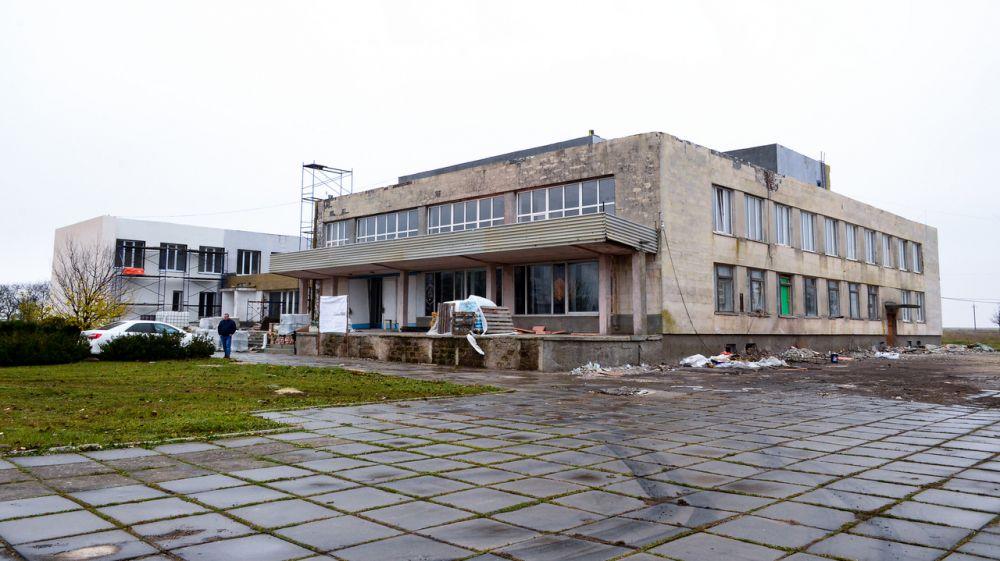 В с. Новоивановка продолжается капитальный ремонт Дома культуры