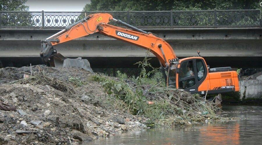 Уголовное дело возбуждено в Симферополе за незаконную очистку русла реки Салгир