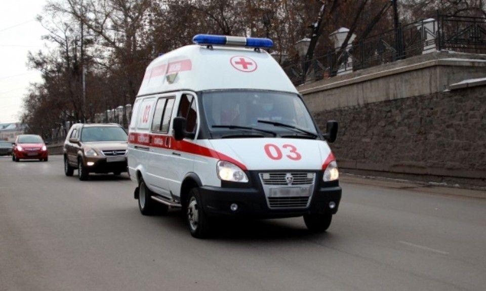 На трассе Симферополь – Алушта грузовик упал с обрыва