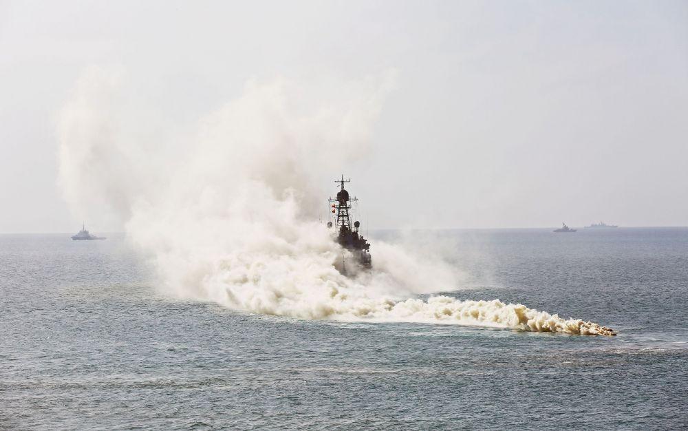 Аксёнов прокомментировал заявление генсека НАТО о наращивании Россией военной мощи в Крыму