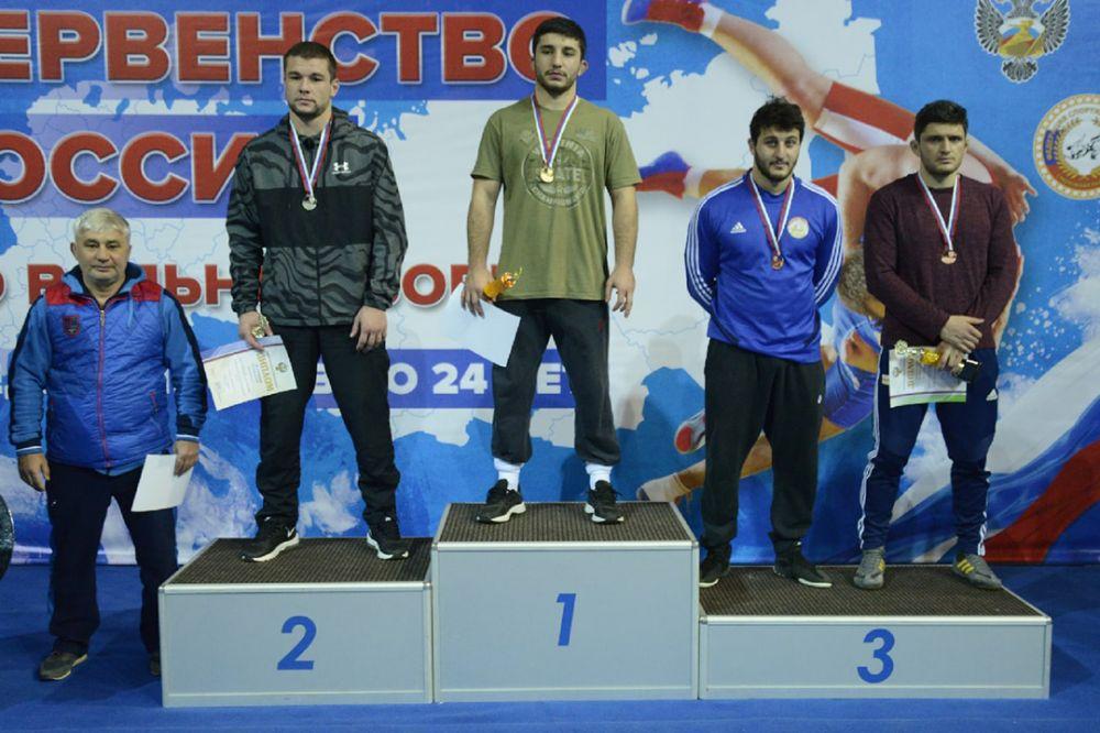 Симферополец выиграл первенство России по вольной борьбе среди юниоров до 23 лет