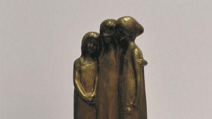 Дом-музей А. П. Чехова в Ялте представил редкий экспонат, созданный по мотивам пьесы «Три сестры»