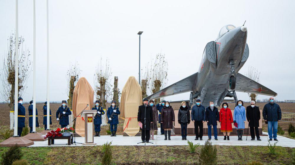 Состоялось открытие мемориального комплекса в с. Журавки Кировского района