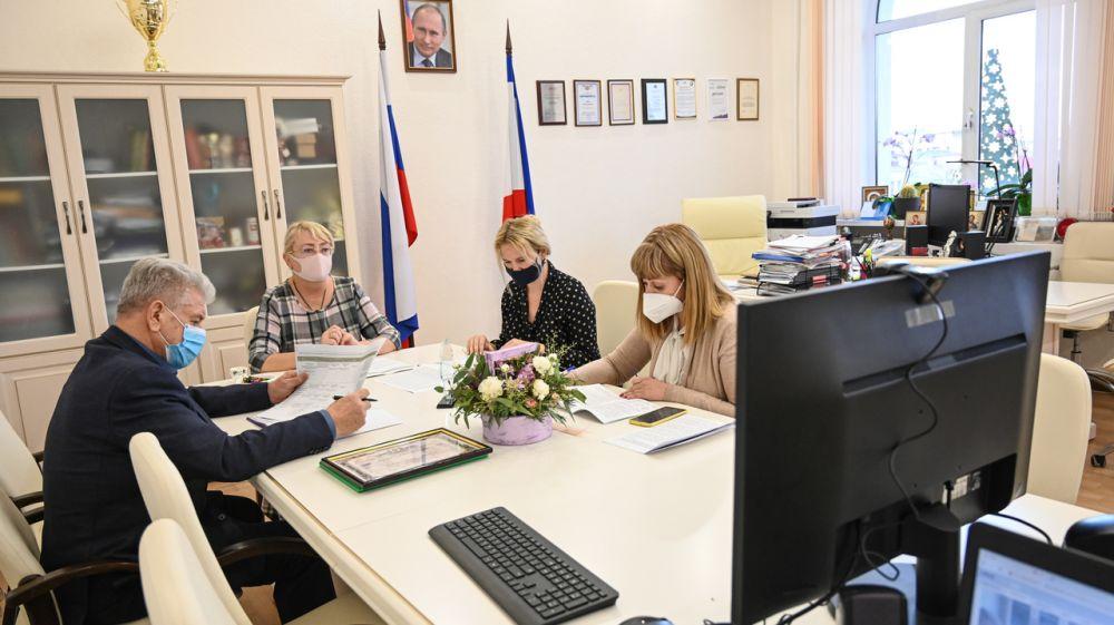 10 крымских предприятий получат из республиканского бюджета около 12 млн рублей