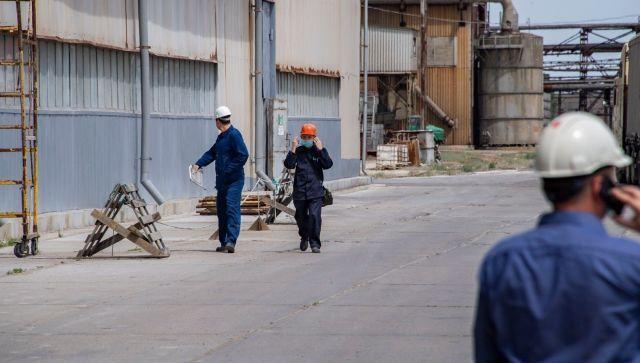 """Чтобы выжить: на """"Крымском титане"""" подтвердили массовые сокращения"""