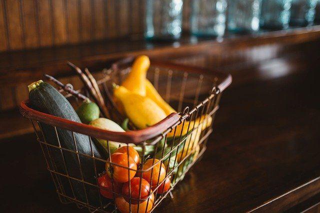 Ценовая ситуация на продовольственные товары первой необходимости в Крыму стабильна, — Рюмшин