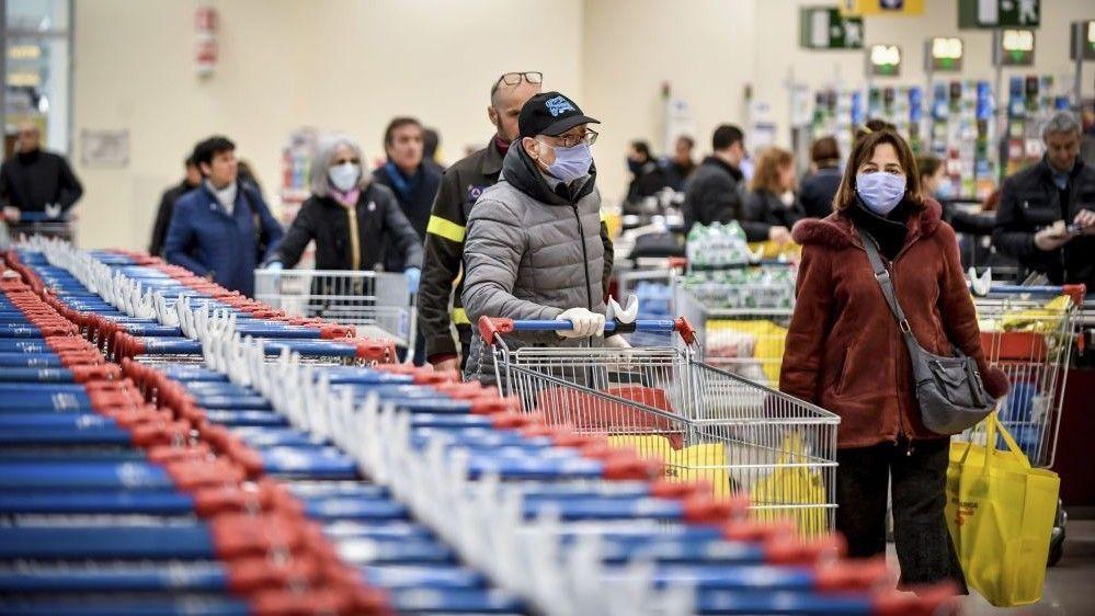 В Крыму ввели ограничение цен на сахар и подсолнечное масло