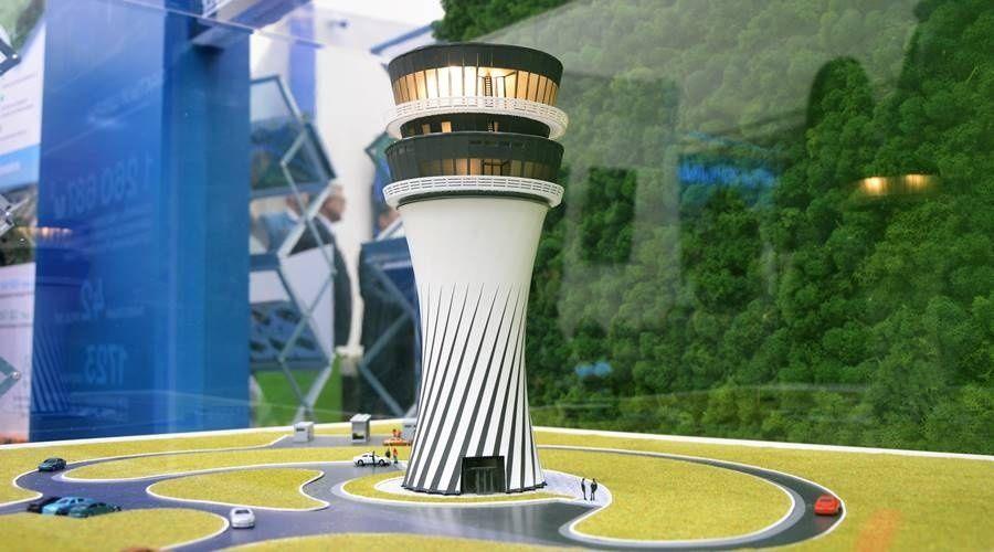 Подрядчик возобновил строительство новой диспетчерской башни в аэропорту Симферополя