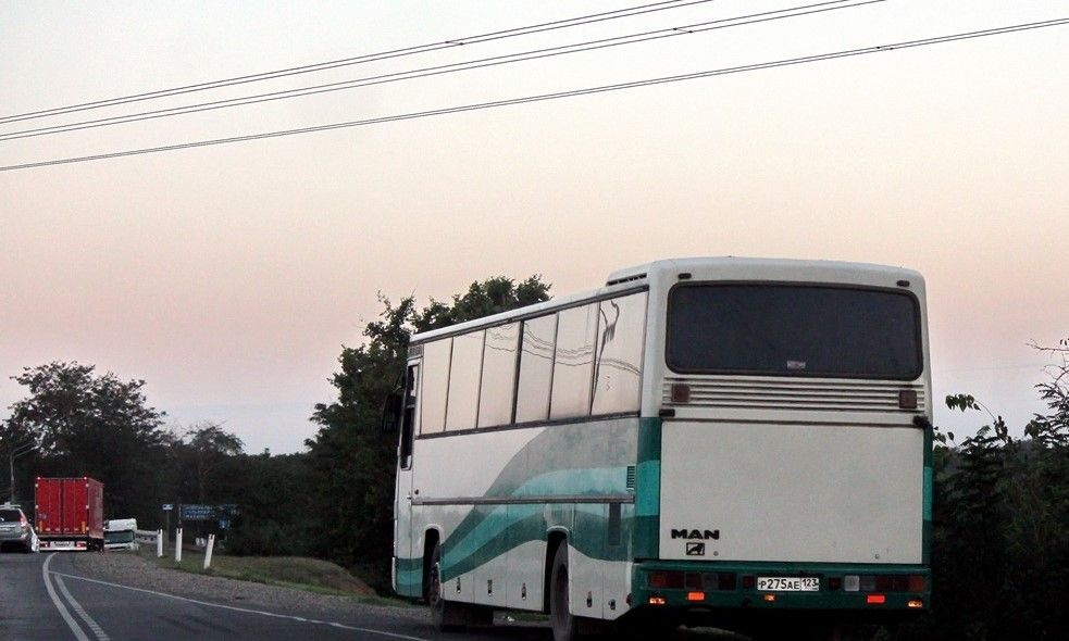 В Севастополе пьяная женщина напала на пассажиров пригородного автобуса
