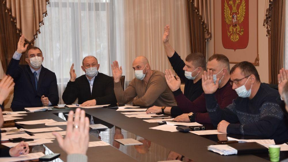 В Бахчисарайском городском совете состоялась 22-я внеочередная сессия