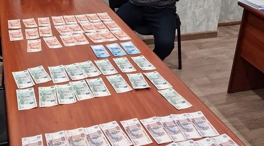 Руководитель ветцентра в Сакском районе за взятку хотел допустить нелегальное мясо к продаже