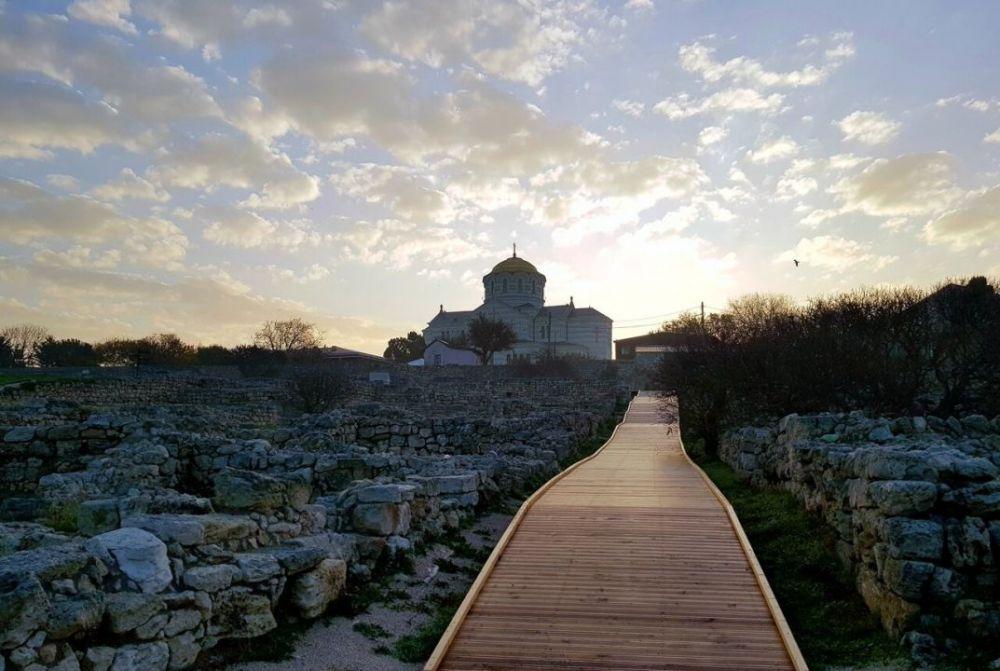Херсонес Таврический возобновляет экскурсии под открытым небом
