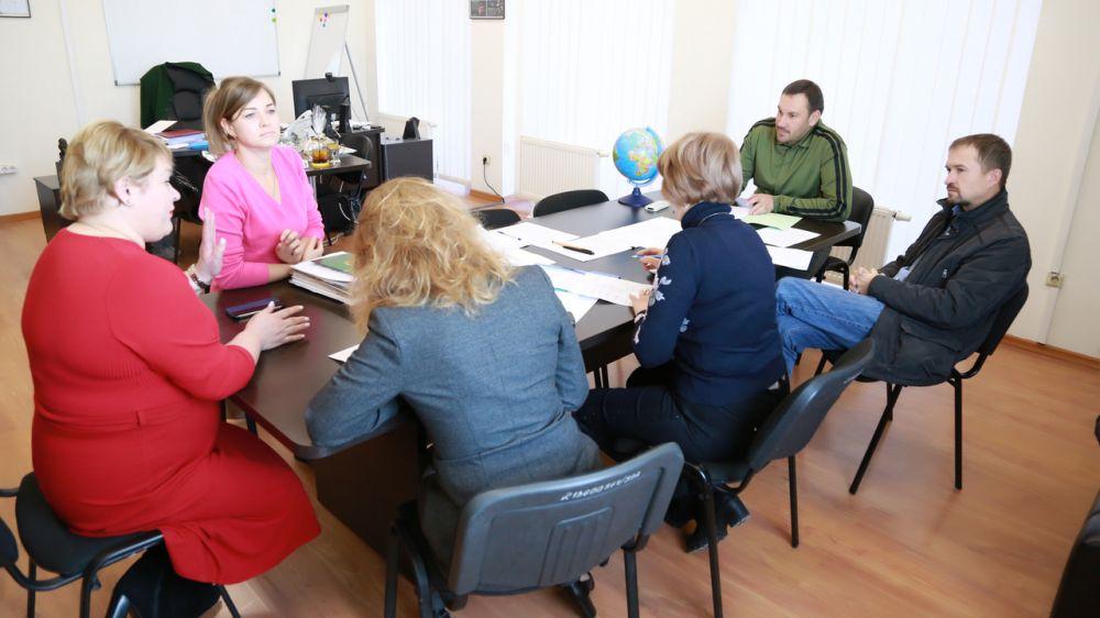В Госкомрегистре обсудили проблематику дооформления сельхозпаев жителей Перовского поселения Симферопольского района
