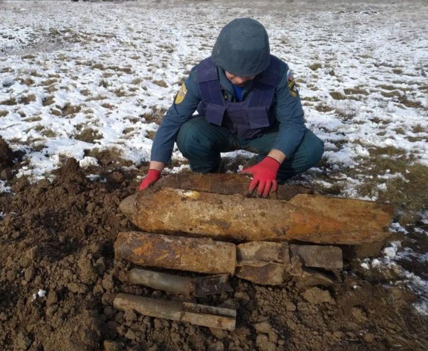 В Крыму взорвали сразу пять авиационных бомб
