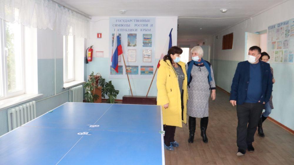 Михаил Слободяник посетил в сёлах Ильинка и Виноградово объекты образования, медицины и культуры