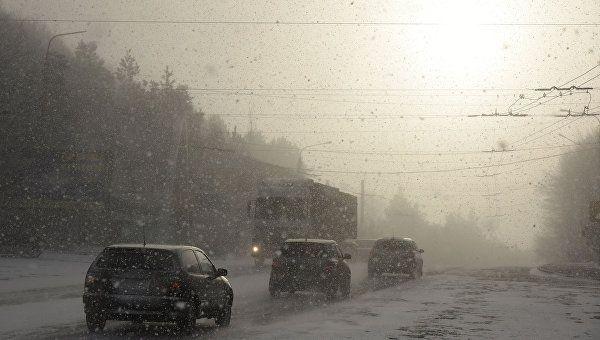 Из-за снегопада на несколько часов перекроют участок ялтинской трассы