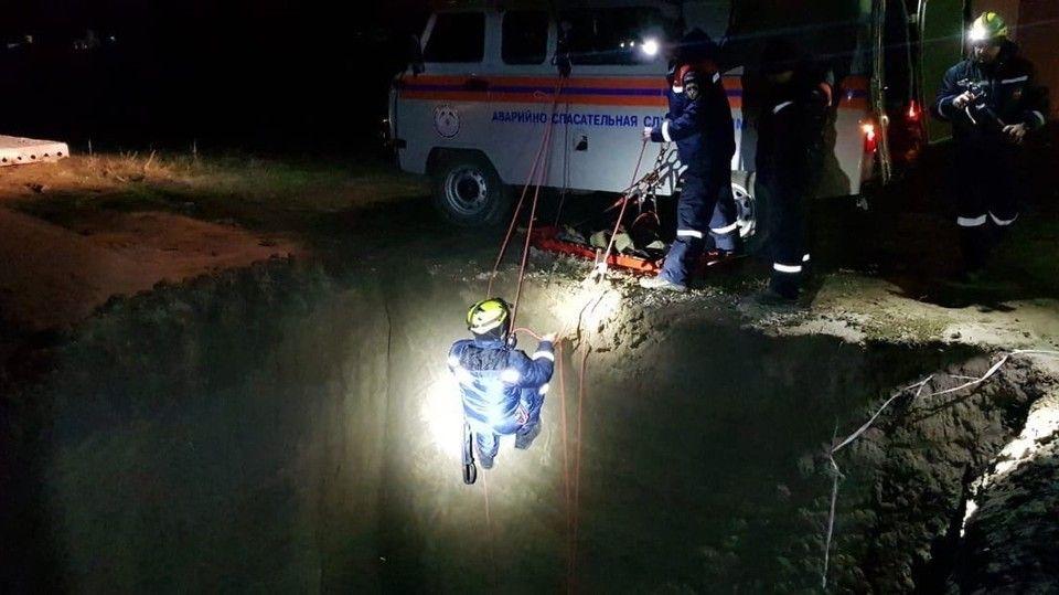 Под Судаком мужчина упал в восьмиметровый котлован