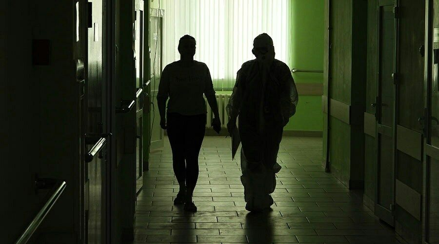 Девять пациентов с коронавирусом скончались в Крыму за сутки