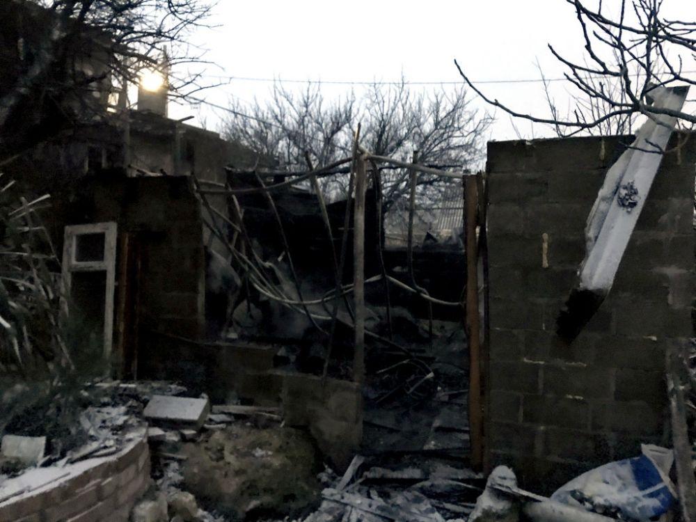 Севастопольские пожарные предотвратили взрыв газа в СТ «Рыбак» и спасли двух человек