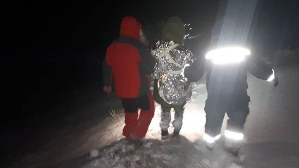 На горном перевале в Крыму спасли туристку