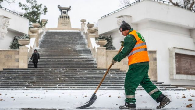 Как Севастополь борется со стихией