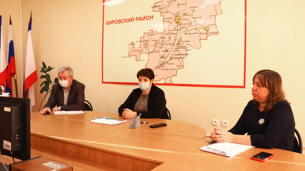 Глава администрации Кировского района Е.М. Янчукова приняла участие в совещании