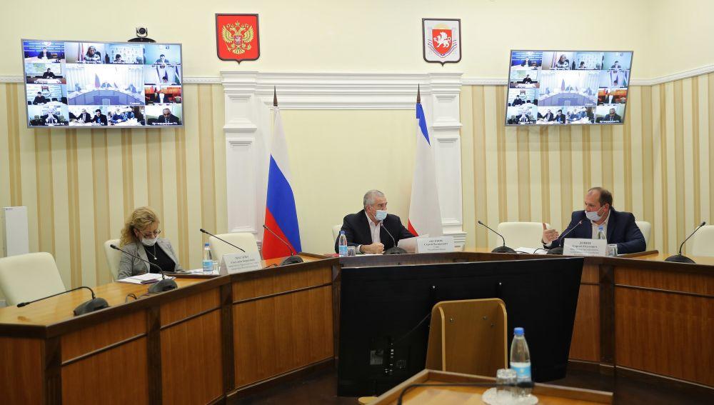 Аксёнов призвал глав администраций мобилизовать усилия по работе с объектами благоустройства