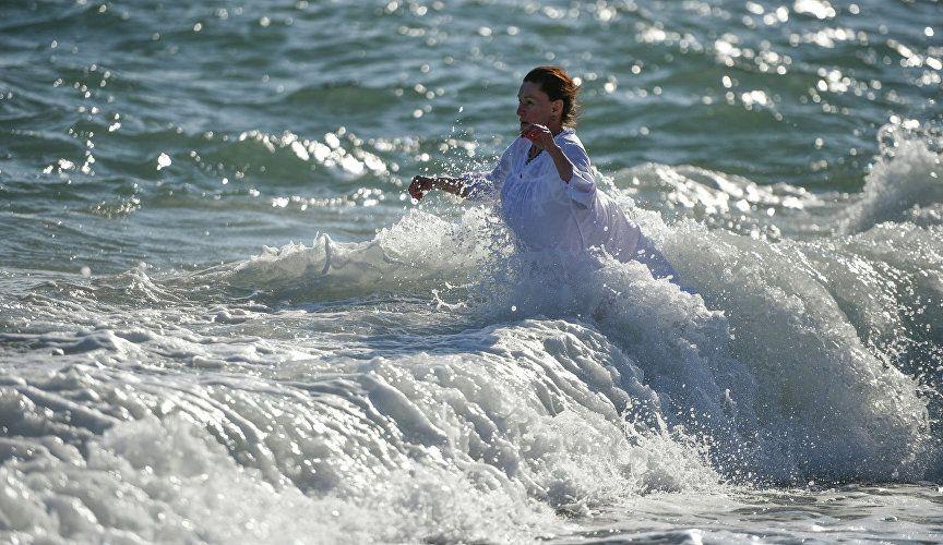 Где в Крыму можно безопасно окунуться на Крещение: список мест