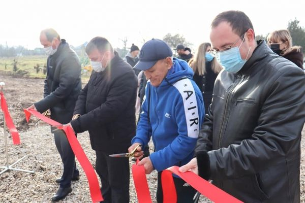 В селах Сакского района продолжается открытие спортивных площадок и благоустройство территорий