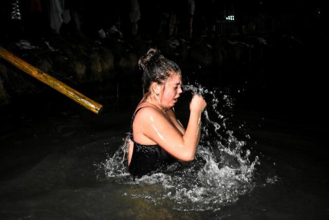 В Ялте отменили массовое купание в море на Крещение