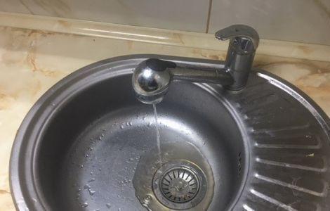 Власти призывают севастопольцев экономить воду